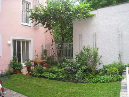 Westendstr. 23 Hof  RG Wohnung