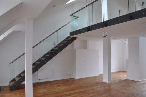 Breisacher Str. 11 DG-Ausbau Galerie 13 1 k