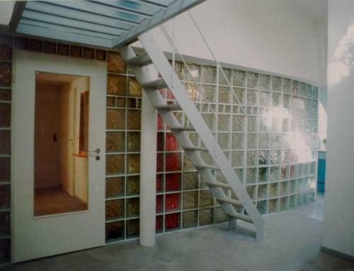 Breisacher Str. 17  Treppe zu Galerie