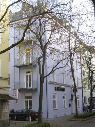 Fasaneristr. 3c Fassade ueber Eck