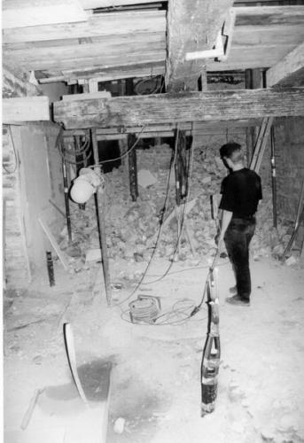 Kaiser-Max-Str. 16 u Schlosserhalde 1 vor der Sanierung Abbruchinne