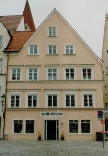 Kaiser-Max-Str. 16 u Schlosserhalde 1 OptikKoester