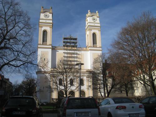 St. Korbinian Fassade nach der Sanierung