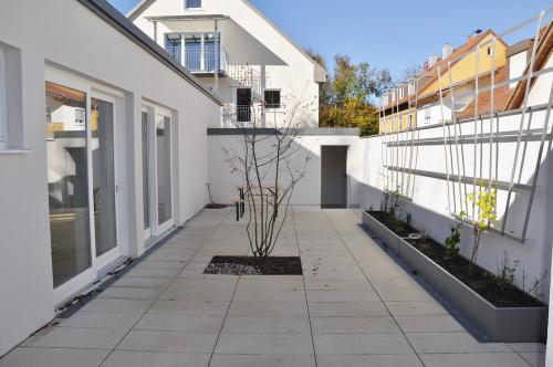 Planegger Str. 45 nach der Sanierung Innenhof