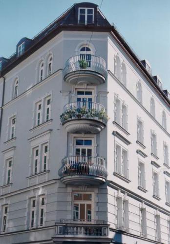 Rosenheimer Strasse 62+64 Ansicht Balkone