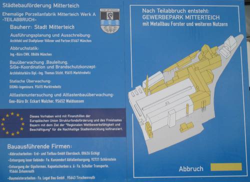 Teilabbruch der ehemaligen Fabrik 2008 - Bautafel
