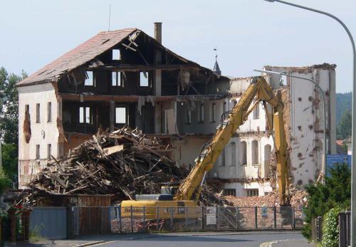 Teilabbruch der ehemaligen Fabrik 2008 - Buerogebaeude