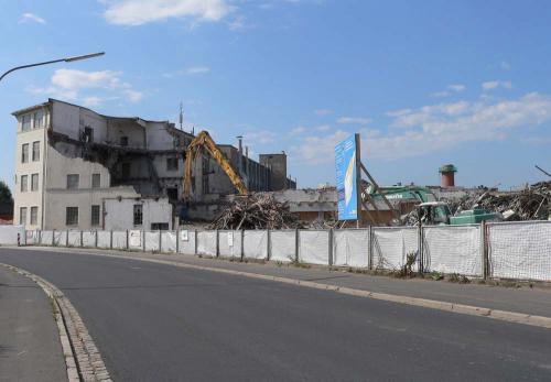 Teilabbruch der ehemaligen Fabrik 2008 - Massemuehle
