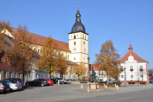 Kirchplatz nach Sanierung