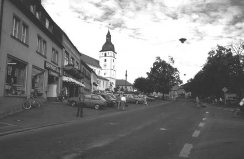 Kirchplatz vor Sanierung